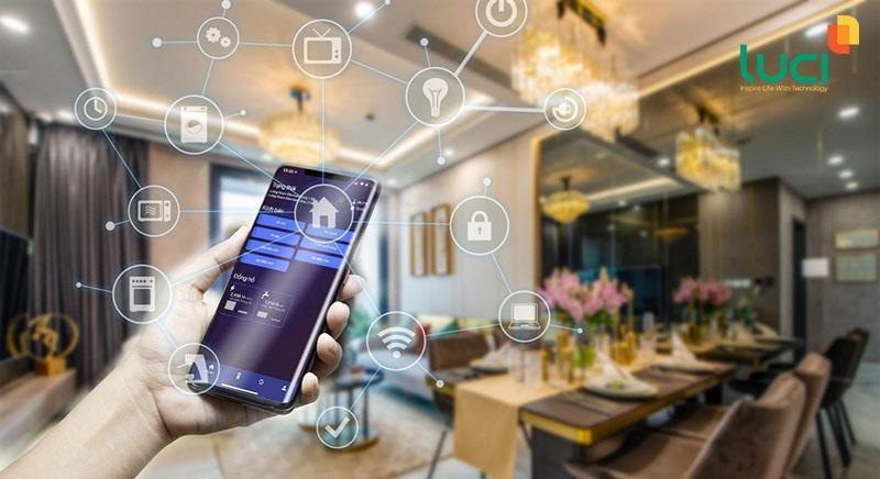 Phòng khách hiện đại ngày nay ứng dụng rất nhiều thiết bị thông minh